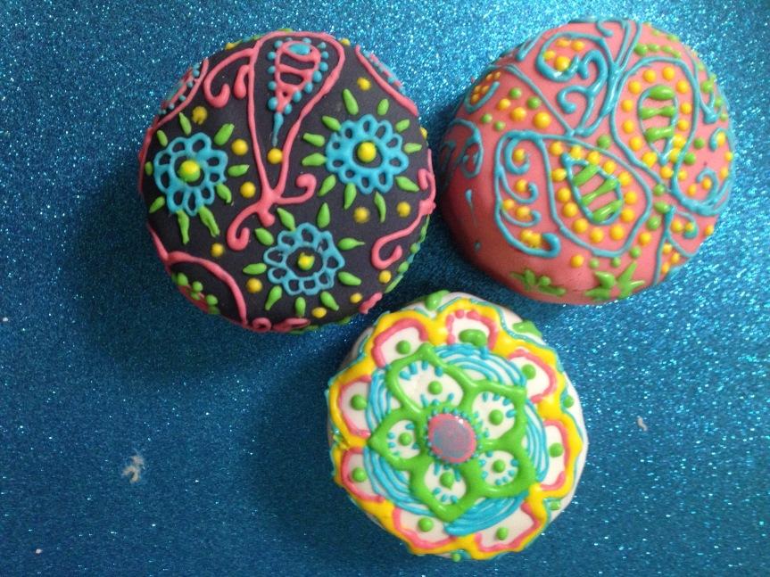 Mandala Coconut MiniCakes